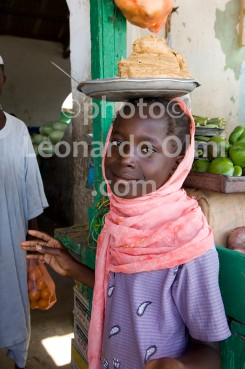 Africa, Sudan, Port Sudan fruit market, young girl DSC_2569 JPG copy