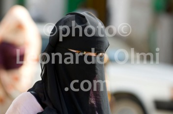 Africa, Sudan, Port Sudan, muslim lady with burka DSC_2520 JPG copy