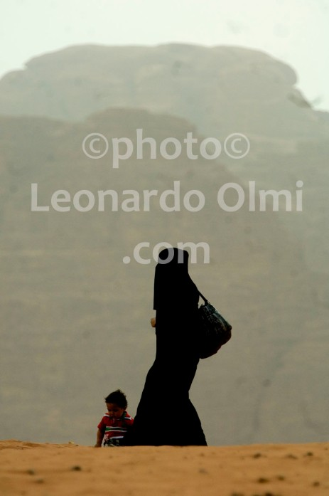 Jordan, Wadi Rum desert, sunset, woman with burka DSC_7762 copy