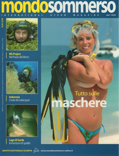 Mondo Sommerso, August 2007, cover by Leonardo Olmi